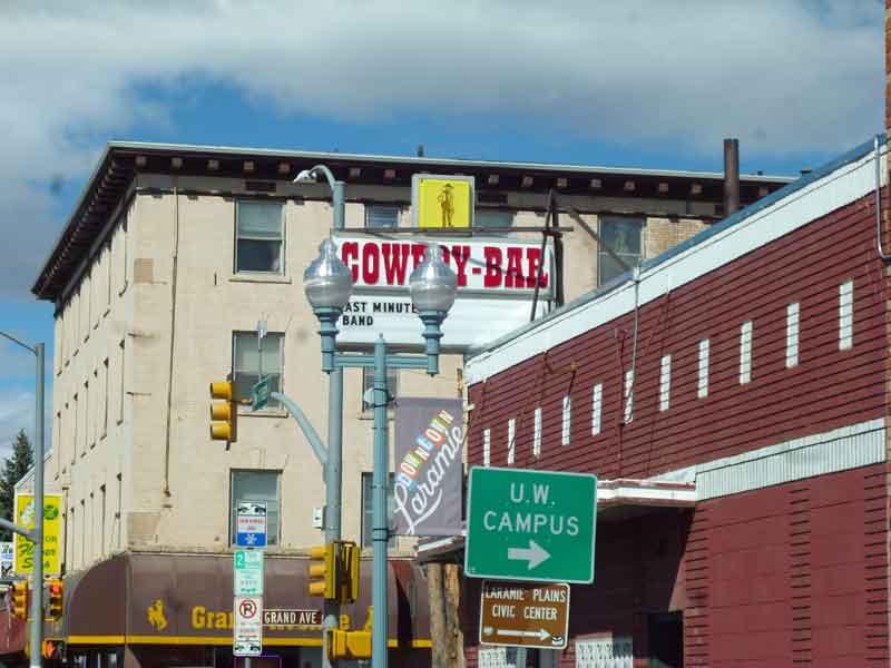 Bild 13 In den Straßen von Laramie