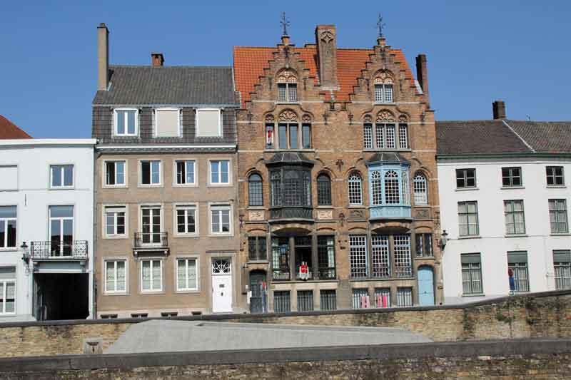 """Bild 24 Gebäude am Seitenkanal """"Langerei"""""""