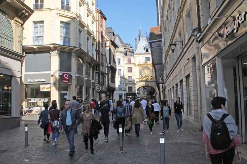 Bild 9 Unterwegs in den Straßen von Rouen