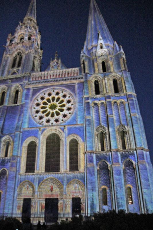 Bild 25 Lightshow auf der Kathedrale in Chartres
