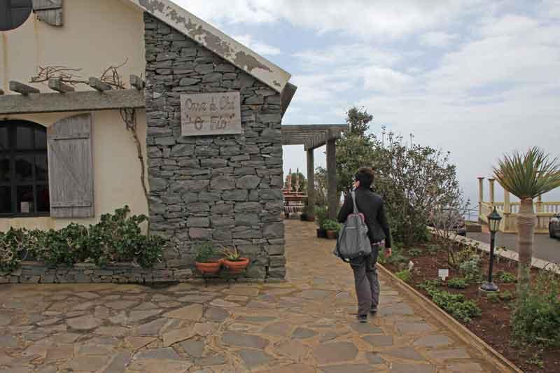 Bild 14 Eingang zum Teehaus am Leutturm von Ponta do Pargo