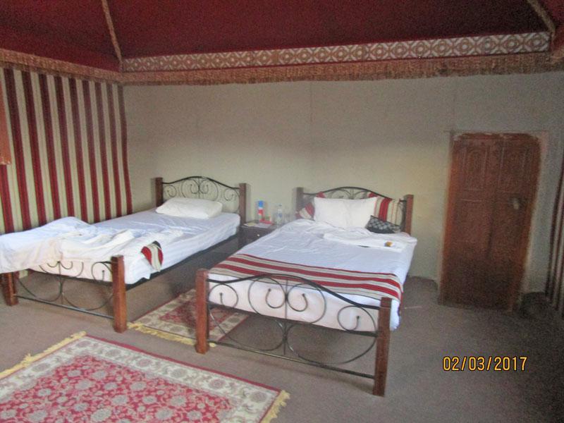 Bild 8 Unser Hüttchen für eine Nacht im 1000 nights camp in der Wahiba Wüste