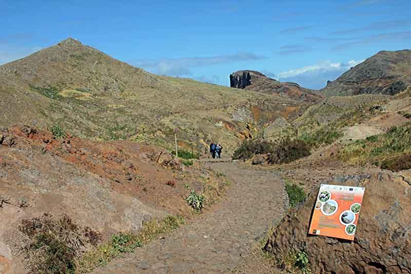 """Bild 3 Auf dem Weg zur östlichsten Spitze von Madeira dem """"Ponta de Sao Laurenco"""""""