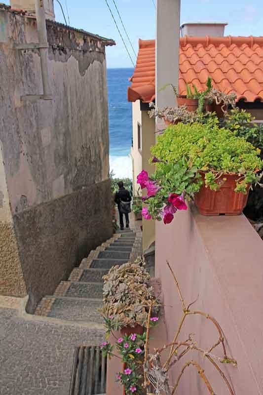 Bild 2 In den Gassen von Jardim do Mar