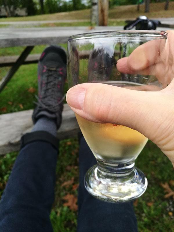 Bild 9 Ein gutes Glas Wein darf nicht fehlen