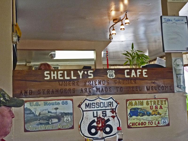 Bild 3 In Shellys Route 66 Cafe an der historischen Route 66