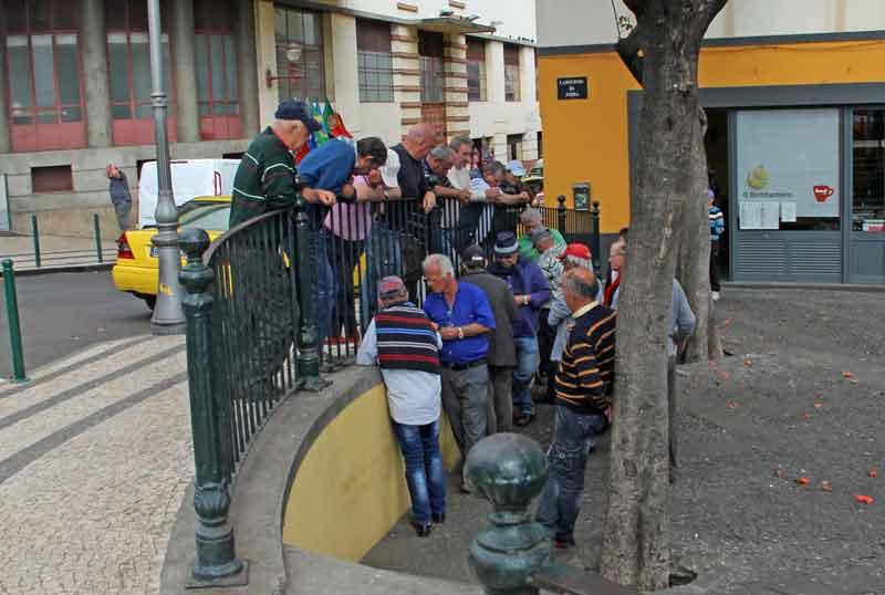 Bild 41 In den Straßen von Funchal