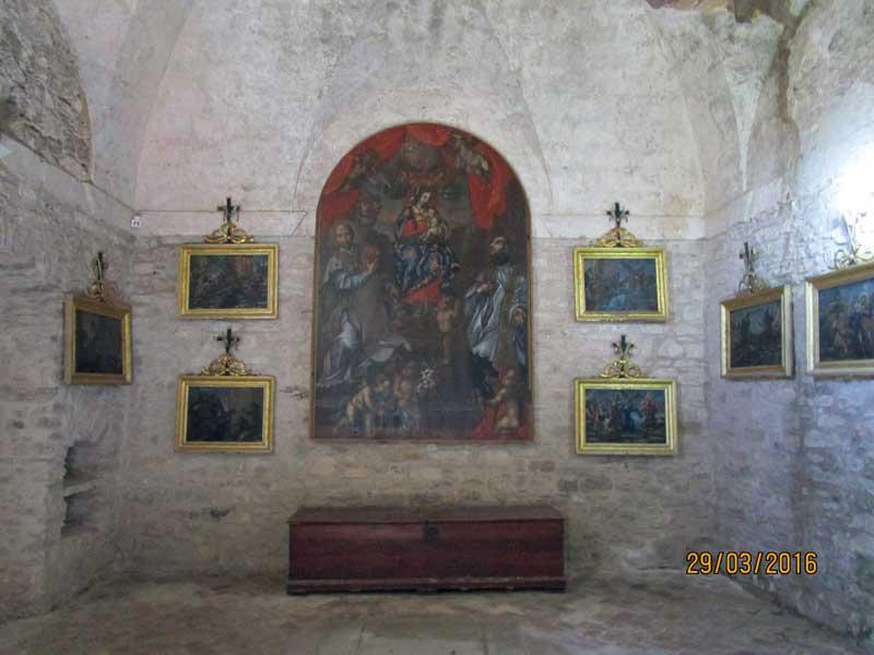 In einer Kirche von Erice