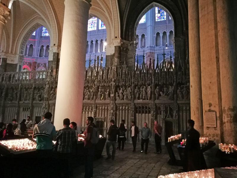 Bild 10 Kathedrale von innen in Chartres