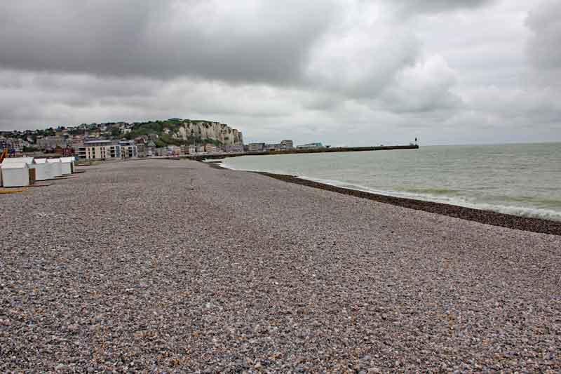 """Bild 15 Blick auf die Küste von """"Le Treport"""""""