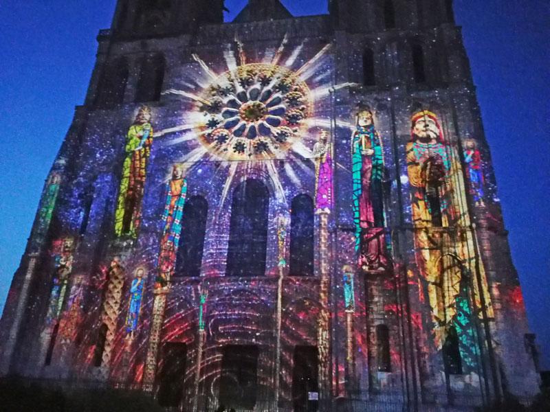 Bild 26 Lightshow auf der Kathedrale in Chartres