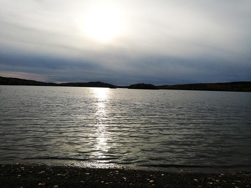 Bild 8 Spaziergang am See entlang