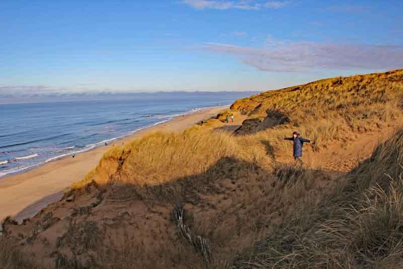 Bild 11 Wanderung durch die Dünen am roten Kliff
