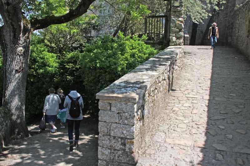 Bild 44 Auf dem Weg nach unten nach der Besichtigung der Abtei