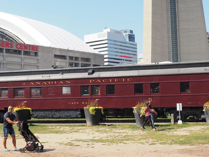 Bild 49 Eisenbahnmuseum neben dem CN Tower