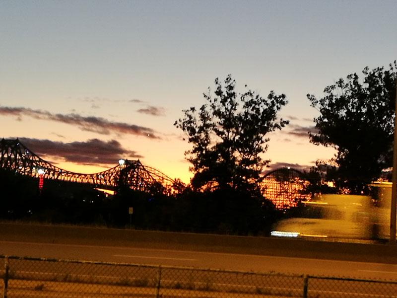Bild 45 Abendimpressionen von der Metrostation zum Campground