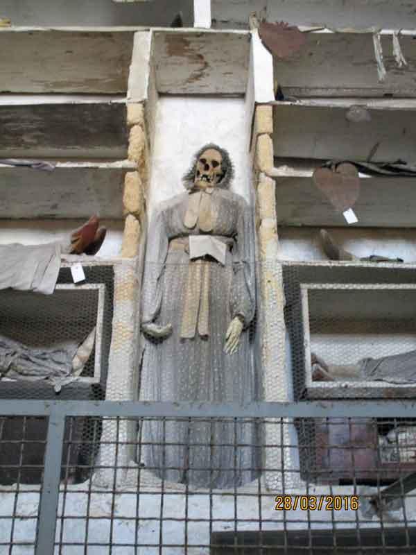 In den Katakomben von Palermo