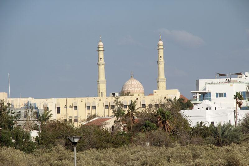 Moschee in der Gegend von Ras al Hamra