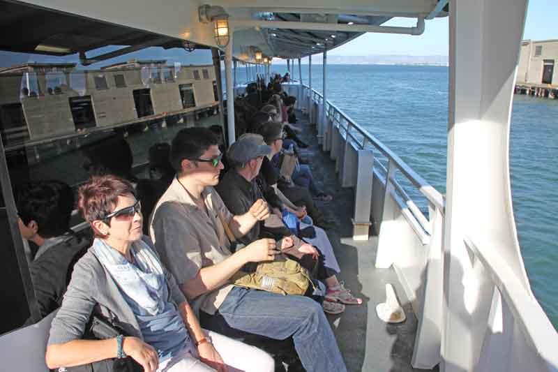 Bild 9 Wir genießen die Fahrt mit dem Schiff