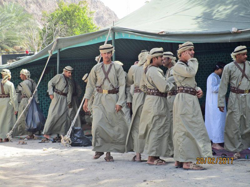 Soldaten bereiten sich vor für die Parade
