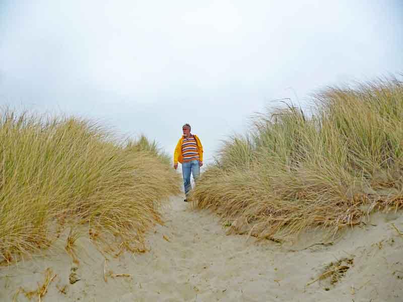 Bild 12 Über die Dünen geht es zum Meeresstrand