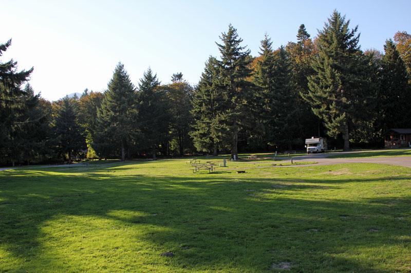 Bild 10 Unser Stellplatz auf dem Dosewallip State Park Campground