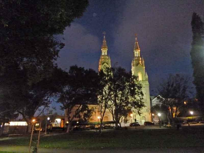 "Bild 27 Blick auf die ""Saints Peter and Paul Church"" in San Francisco"