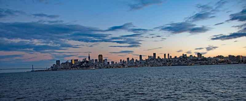 Bild 39 Blick am Abend auf Skyline von San Francisco