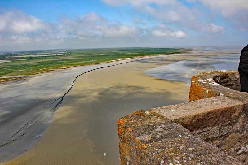 Bild 26 Blick von der Abtei auf das Watt und das Meer