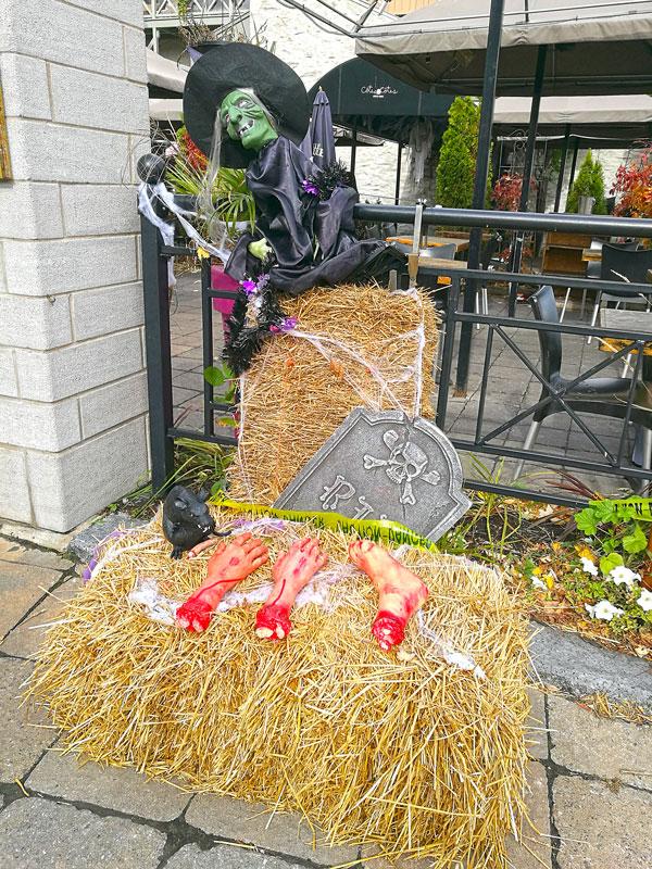 Bild 18 Überall ist geschmückt für Halloween