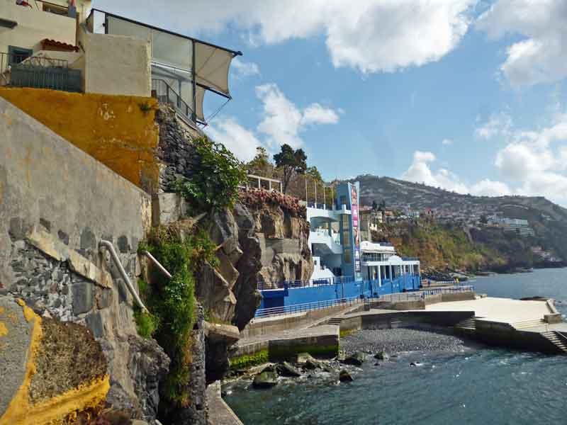 Bild 16 Blick auf die Küste von Funchal