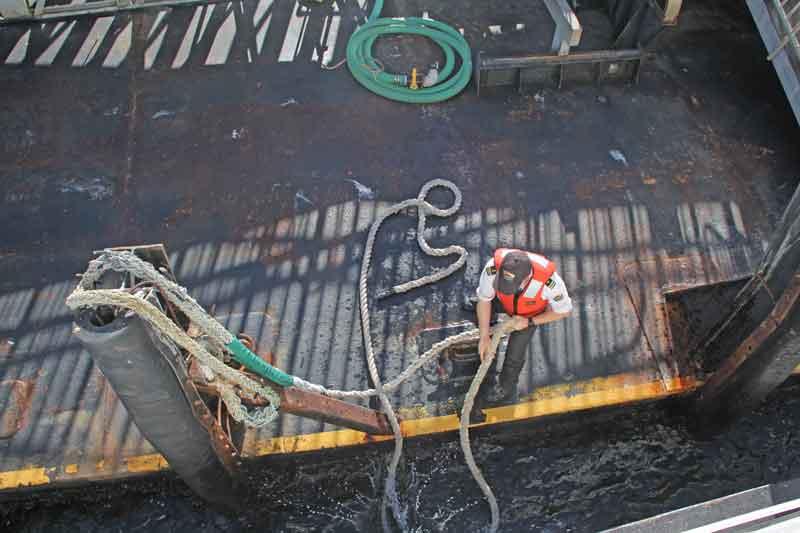 Bild 19 Das Schiff wird festgemacht auf Alcatraz