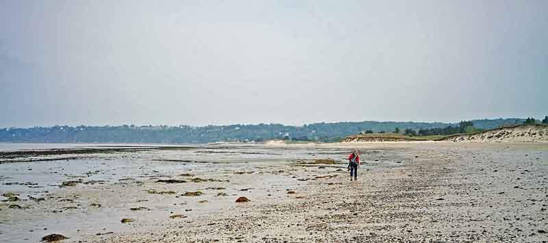 Bild 12 Am Strand von Dragey Ronthon
