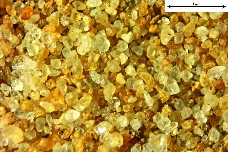 Bild 2 Sand aus Sylt-Morsumer Cliff/Deutschland Ablagerungen, Objektiv Zeiss Plan 2,5/o,o8 Auflicht