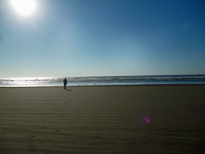 Bild 20 Strandwanderung ganz alleine an der Küste am Ocean City Campground