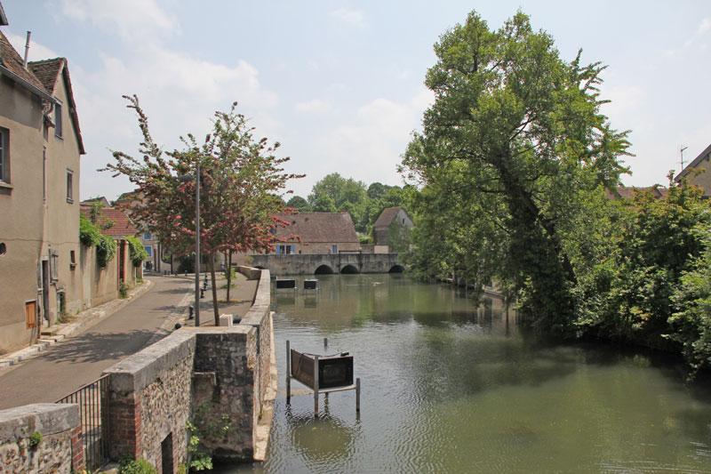 Bild 12 Am Fluß L'Eure in Chartres
