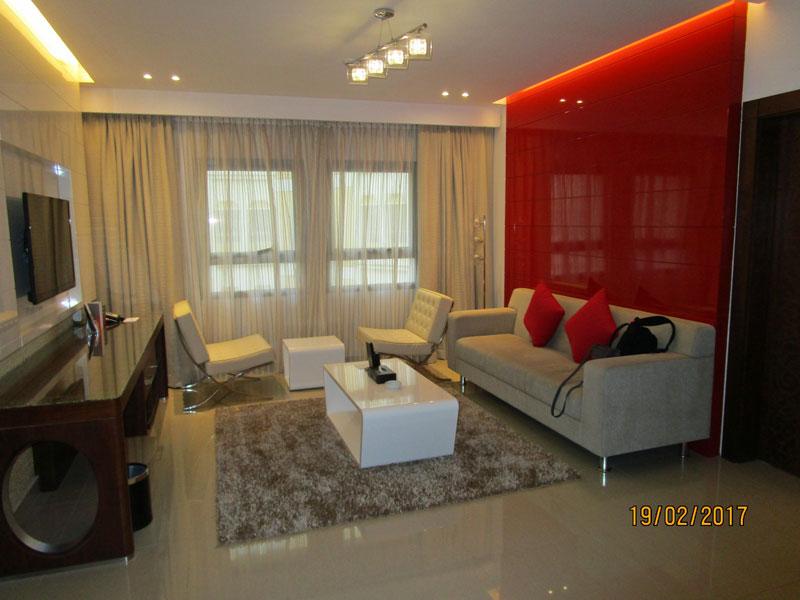 Wohnzimmer im Coral Hotel