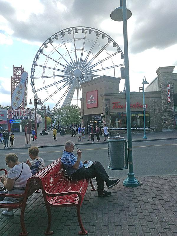 Bild 27 Im Vergnügungsviertel der Stadt Niagara