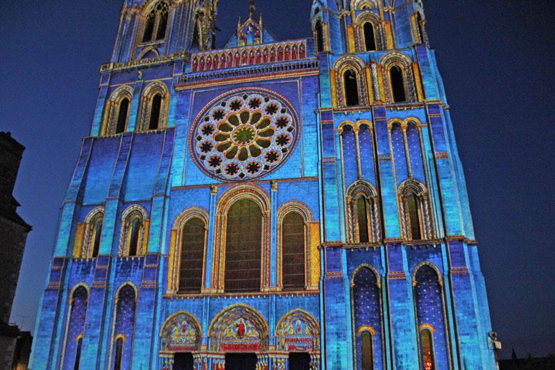 Bild 24 Lightshow auf der Kathedrale in Chartres