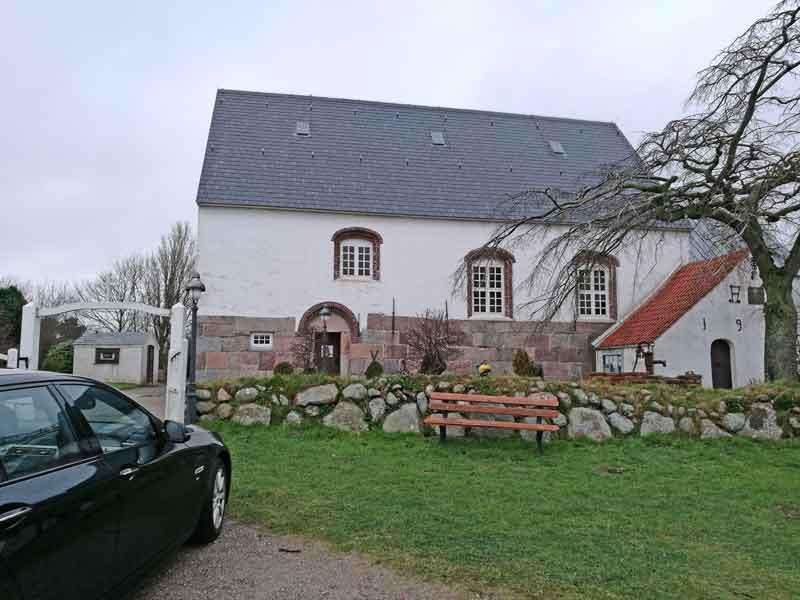 Bild 8 Kleine Kirche in Morsum