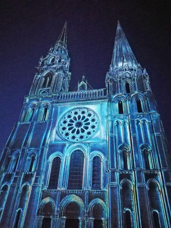 Bild 34 Lightshow auf der Kathedrale in Chartres