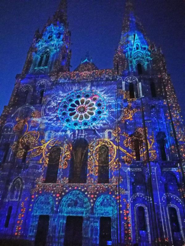 Bild 28 Lightshow auf der Kathedrale in Chartres