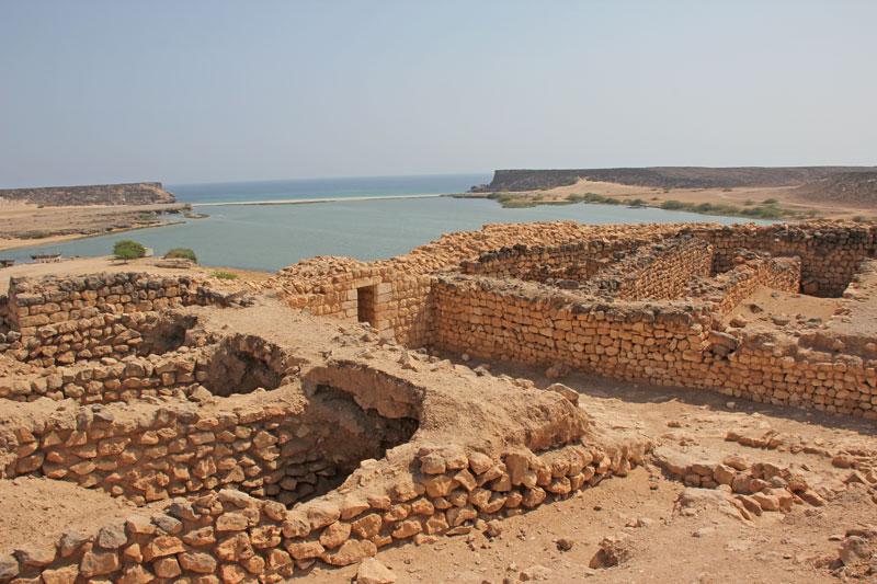 Bild 14 Blick auf die Ausgrabungen in Samhuram (Khor Rori)