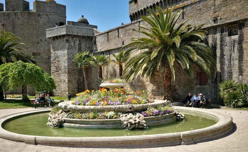 Bild 30 In St. Malo an der Stadtmauer