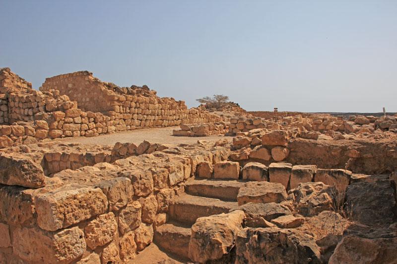 Bild 15 Blick auf die Ausgrabungen in Samhuram (Khor Rori)