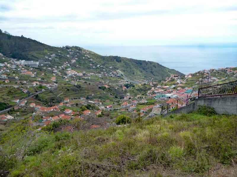 """Bild 9 Auf dem Levadaweg """"do Norte"""", Blick aufs Meer"""