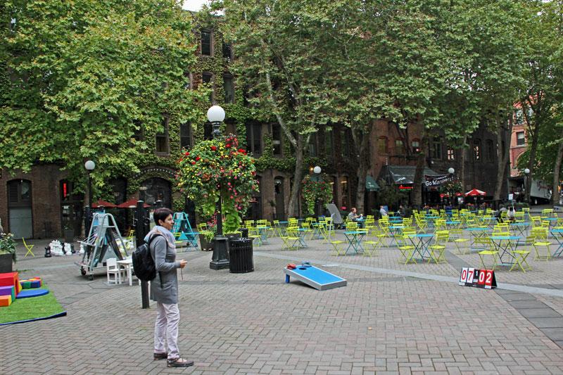 Bild 9 Spielplätze für Kinder und Erwachsene