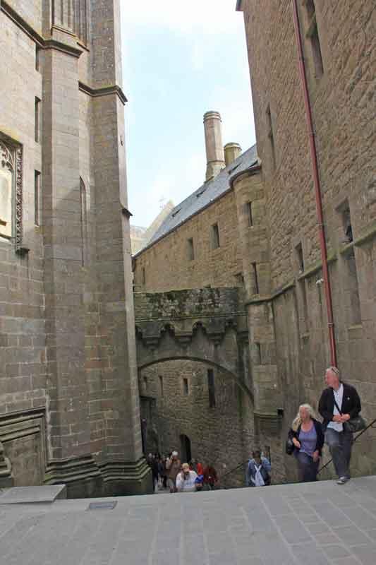 Bild 19 Nach oben zur Abtei von Mont-Saint-Michel
