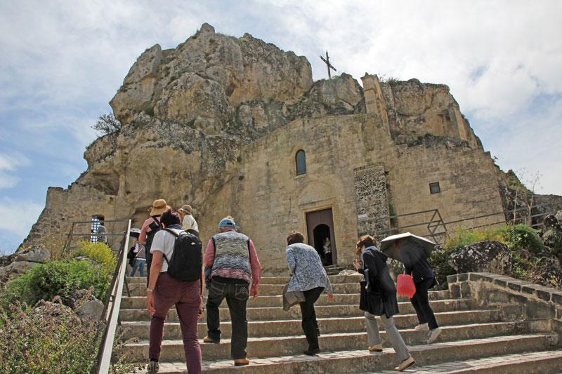 Matera alter Teil Blick auf die Felsenkirche