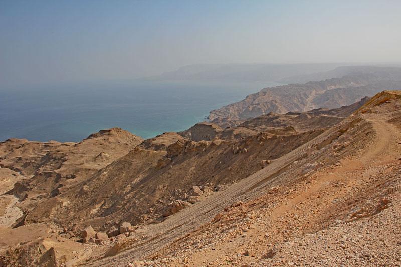 Bild 19 Blick auf die Küste und das Meer